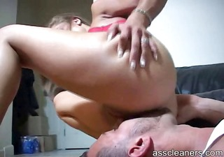 dominatrix gets indeed horny as she receives her